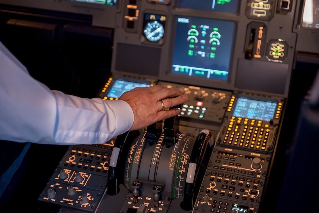 dedicated development team for aviation, airflight software development